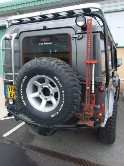 Defender Wheel Carrier With Hi Lift Mount Post 2002 Lrs